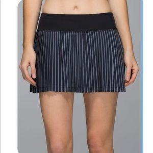 Lululemon striped pleat to street skirt